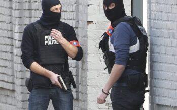 """La grande paura da Bruxelles a Parigi quattro arresti """"Potevano colpire"""""""