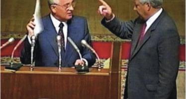 """Il ricordo di Gorbaciov """"Venticinque anni fa provai a salvare l'Urss ma Eltsin mi tradì"""""""