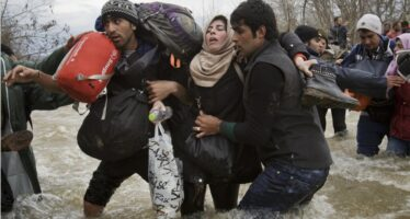 Tre migranti annegati nel fiume-confine