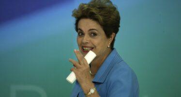 Dilma al contrattacco: «Indignata e vittima di un'ingiustizia»