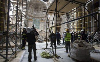 Post-terremoto. Ricostruzione e lavoro nero, dossier CGIL sui cantieri