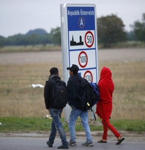 austria-strada-immigrati