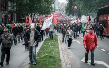 Lavoro, Bruxelles insorge contro la legge «alla francese»