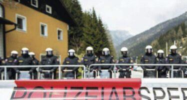 Migranti, nessuna invasione, ma l'Austria schiera i panzer al Brennero