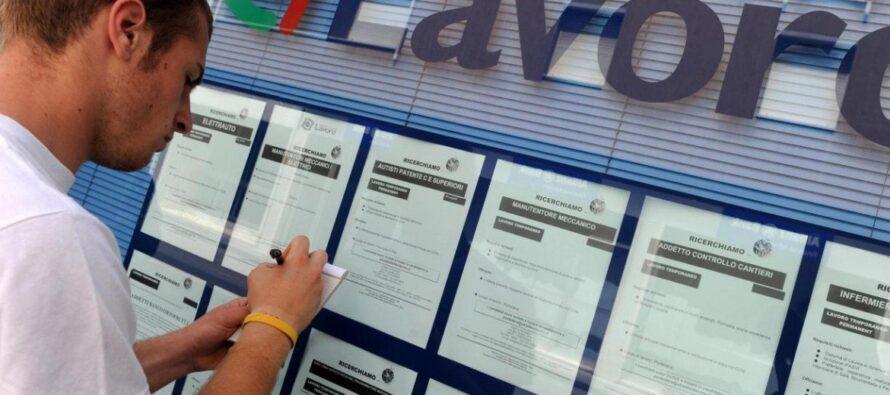 Istat. Cala la disoccupazione, ma solo grazie a contratti a termine e lavoretti