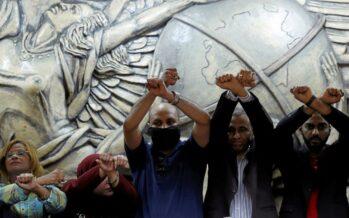 Al-Sisi schiaffeggia la stampa: arrestato il presidente del sindacato