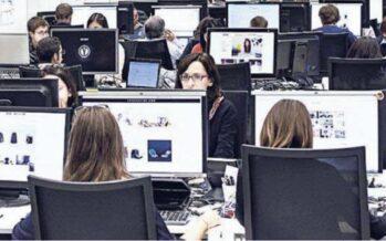 Istruiti, pagati poco e sempre on line mezzo milione di proletari digitali