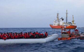 Guardia costiera: «Le navi delle Ong operano sotto il nostro controllo»