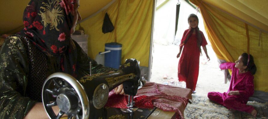 Lavoro nero e salari da fame: il tessile turco punta sui rifugiati siriani