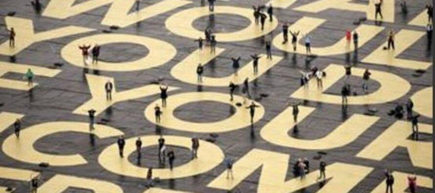 Di Maio rivendica: «Il nostro reddito di cittadinanza non è assistenziale»