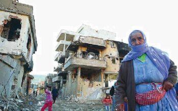 Uno squarcio dalle zone off limits Così Erdogan bombarda i curdi