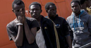 Fermare i migranti, l'Ue è pronta a pagare
