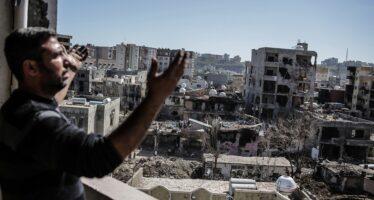 Riunito a Parigi il Tribunale dei Popoli per i crimini della Turchia contro i curdi
