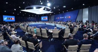 Europa. La NATO senza confini