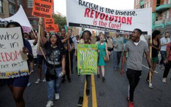 Usa, la rivolta dei neri scontri e 200 arresti Obama domani a Dallas