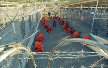 Guantanamo, Obama trasferisce quindici detenuti negli Emirati