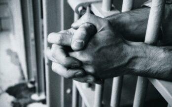 Malato psichico suicida a Regina Coeli, la procura incolpa i poliziotti