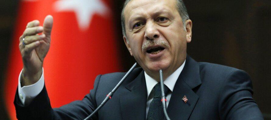 Caccia all'uomo in tutta Istanbul