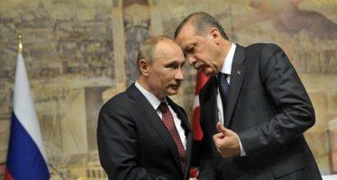 L'ambasciatore russo ucciso ad Ankara mentre si apre il negoziato siriano
