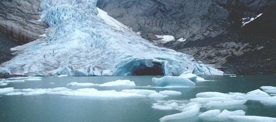 Con gli incendi artici la calotta polare vede uno scioglimento record