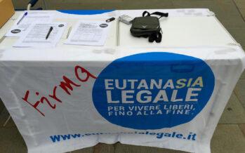 Diritto al fine vita, in piazza a Roma. «Liberi fino alla fine»