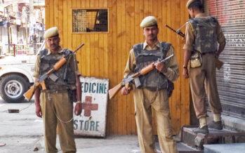 Kashmir, scontri con i militari indiani, almeno 72 morti e oltre 7mila feriti
