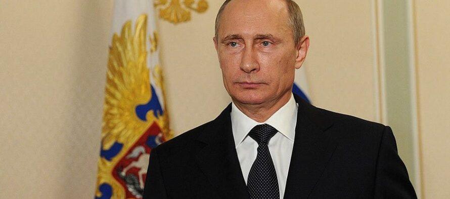 Vladimir Putin risponde alle sanzioni: Cacciati 755 diplomatici Usa