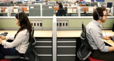 Almaviva, i lavoratori di Roma per la trattativa ma l'azienda licenzia