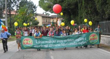 Ritorna da Assisi il movimento pacifista, restare umani, ma anche «uniti».