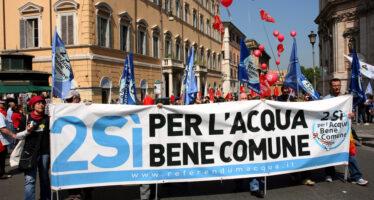 A Torino vincono i comitati: l'acqua ritorna pubblica