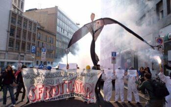 De Masi: «Bravissimi a protestare, io toglierei il numero chiuso»