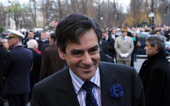 Francia. Il candidato all'Eliseo Fillon rischia il ritiro per il caso Penelope