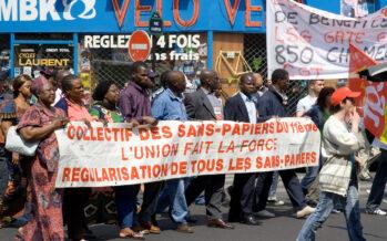 Rifugiati: continuano gli sgomberi a Parigi, 36esima evacuazione