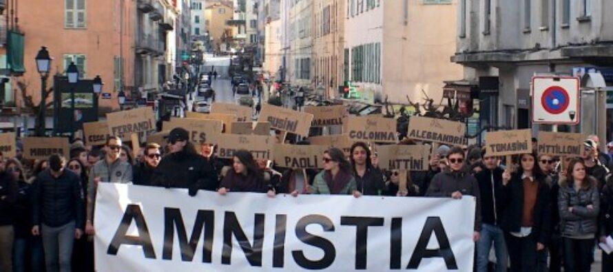 L'appello del Papa: «Clemenza per i detenuti»