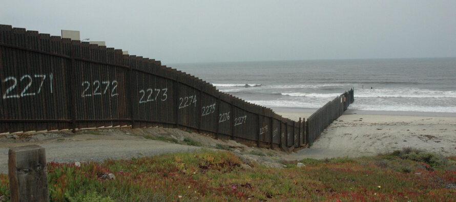 Muro e odio anti-ispanico. Trump non ha inventato nulla