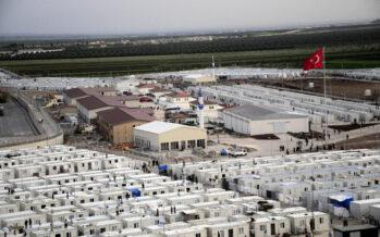 Ue-Turchia. Erdogan minaccia l'invasione dei migranti e spaventa l'Europa