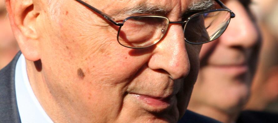 Giorgio Napolitano torna sul Colle con una mortificante eredità