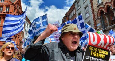 Sindacati in piazza in Grecia, contro stretta sugli scioperi e case all'asta