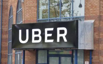 Tassisti vs Uber: lo scontro è tra servizio pubblico e caporalato digitale