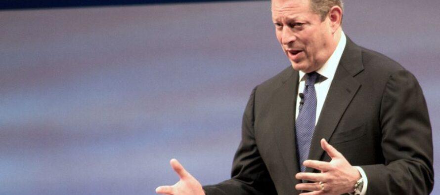Al Gore: «Tutto dipende dal clima: guerre, crisi, profughi»