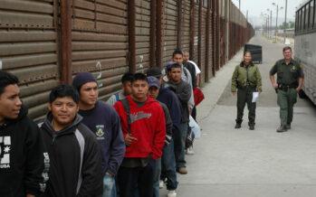 Negli USA proteste contro il muro di Trump