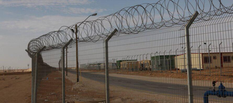 La denuncia del Garante Mauro Palma: «A Lampedusa hotspot come un carcere per migranti»