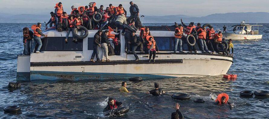 Per bloccare i migranti Minniti resuscita il vecchio accordo con Gheddafi