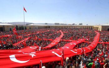 Turchia. Erdogan diventa super presidente