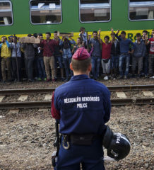 Syrian_refugees_wikcom