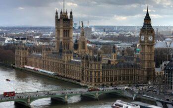 Regno unito, chiuso il Parlamento, la Brexit sempre più nel caos