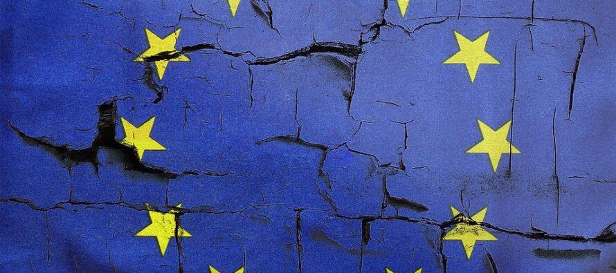 Trattati. L'Europa si autocelebra