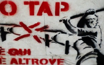 Il cantiere per il gasdotto Tap bloccato in Puglia: «Lavori su area vincolata»
