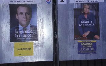 Presidenziali francesi, Macron guadagna punti