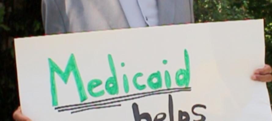 Monopolio nell'era Trumpcare: farmacie e assicurazioni si uniscono